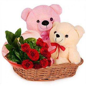 Red Roses With Teddy Love