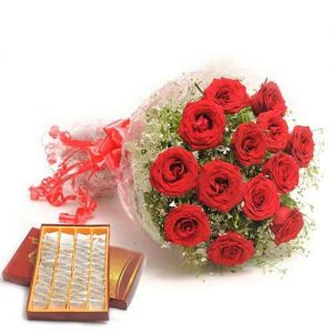 Sweets N Roses - Send Christmas Flowers Online
