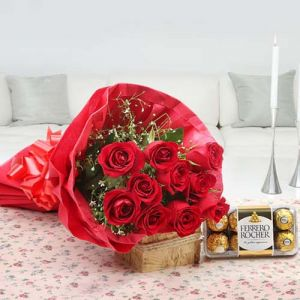 Roses N Chocolates Delight - Combo Gifts Online