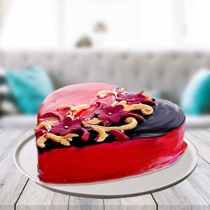 Half kg Choco Strawberry Heart Shape Cake - Send Heart Shaped Cakes Online