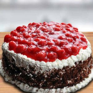 Round Shape Black Forest Berries Cake