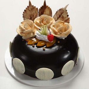 Beautiful Chocolate Cake  1 kg