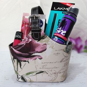 Beauty Hamper For Her