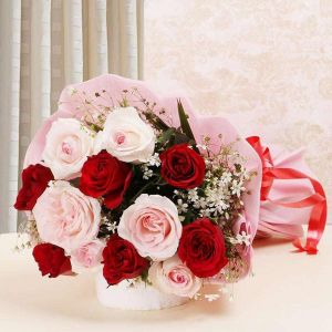 Glamorous Red and Pink Roses Bouquet - Send Flowers to Ujjain