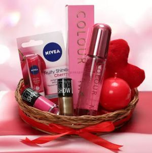 Love Being A Woman - Grooming Kit & Spa Hampers For Women