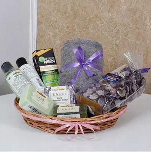 Refreshing Grooming Hamper