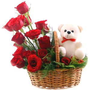 Cute Love - Send Flowers with Teddy Bears Online