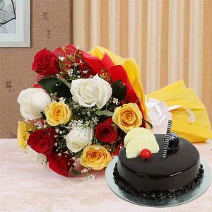 8 Mix Roses and Half Kg Cake - Send Christmas Gifts Delivery Across India