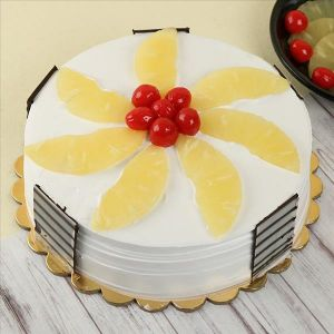 PINEAPPLE GATEAU CAKE - Gift Ideas for Parents