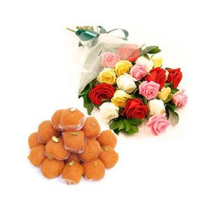 Mix Roses Bouquet with Ladoos - Mixed Flowers Online