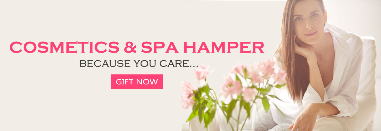 Cosmetics & spa hamper
