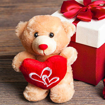 Teddy Day Gifts Online